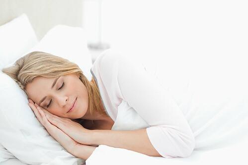 五招睡前运动帮你解决失眠问题
