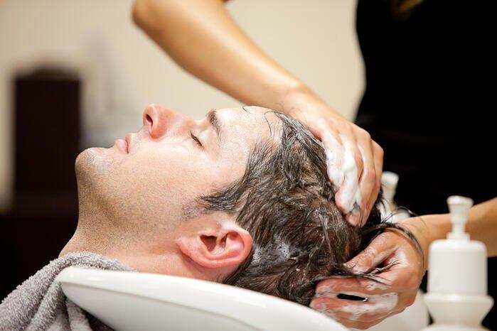 洗头洗头2次并加按摩深入头皮清洁